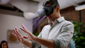 Oculus Quest : le hand tracking s'invite dans l'application YouTube VR
